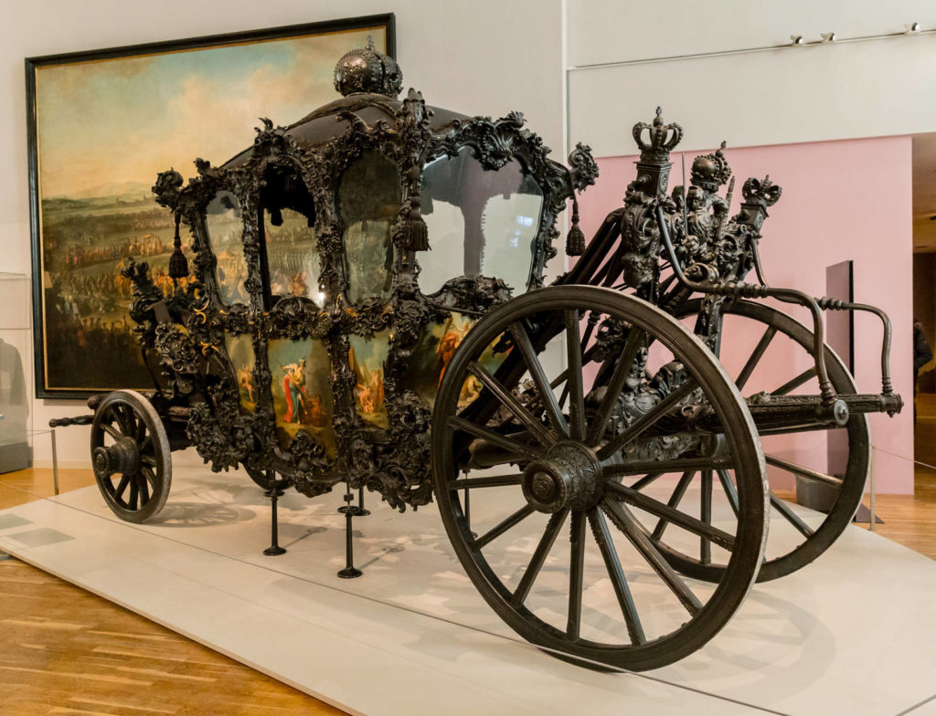 Royal carriage for use during a period of mourning at court