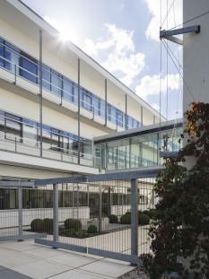 Das Hauptgebäude des Fraunhofer-Instituts für Mikrostruktur von Werkstoffen und Systemen IMWS in Halle. © Foto Fraunhofer IMWS