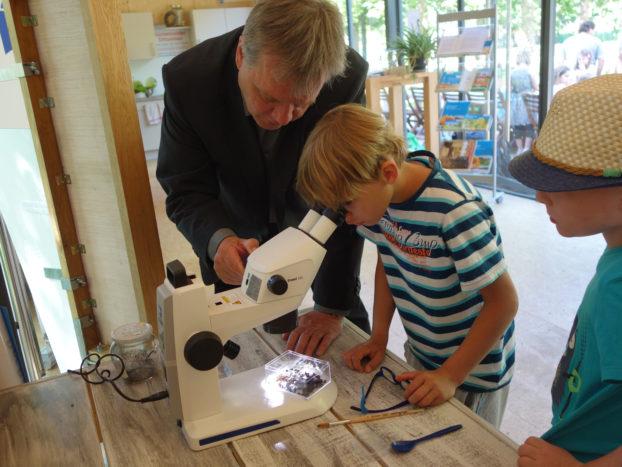 mikroskope f r landesgartenschau in apolda mikroskopie news blog. Black Bedroom Furniture Sets. Home Design Ideas