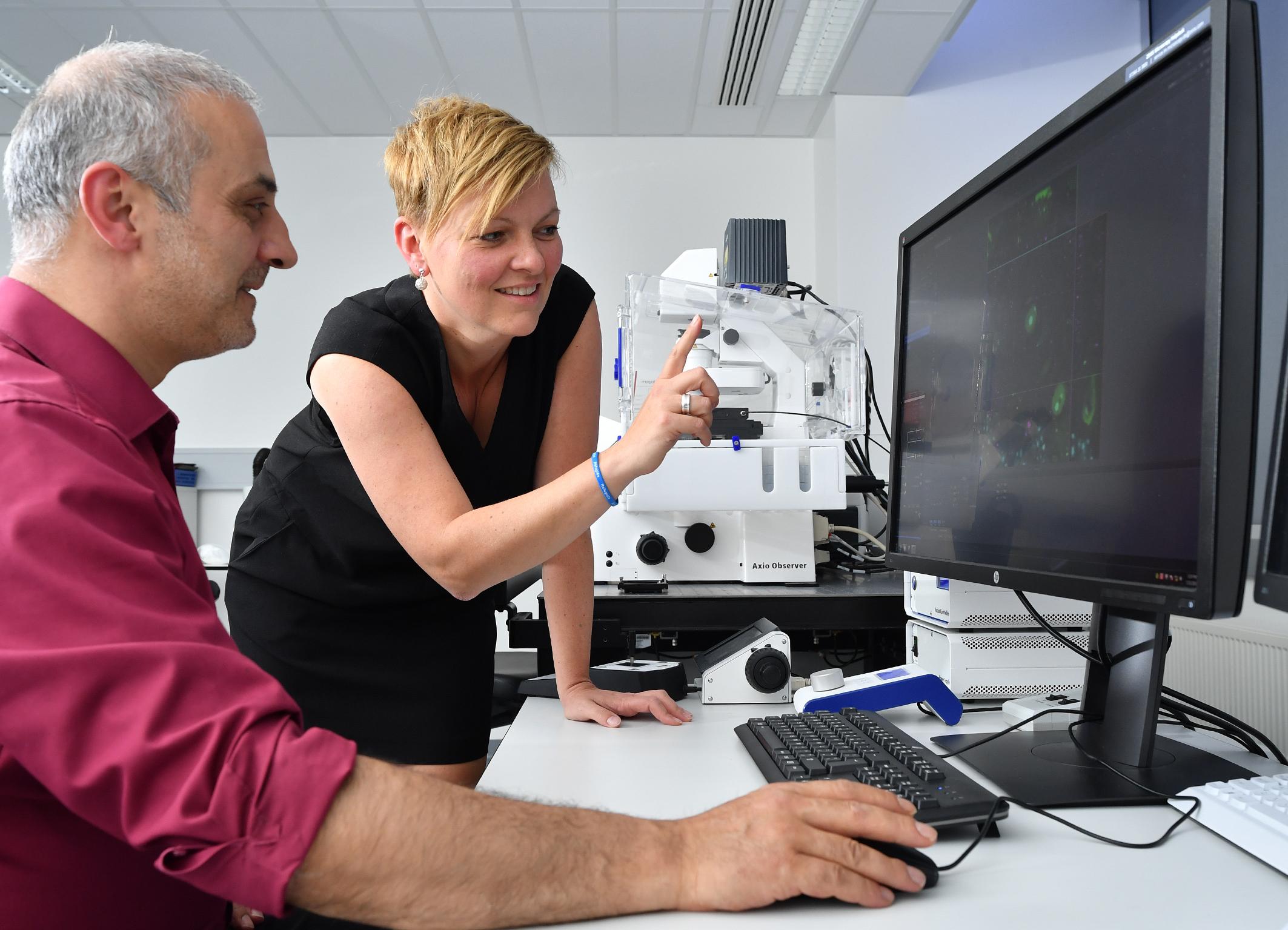 """""""Ich bin immer wieder begeistert, in welchen Bereichen überall Mikroskopie zum Einsatz kommt."""""""