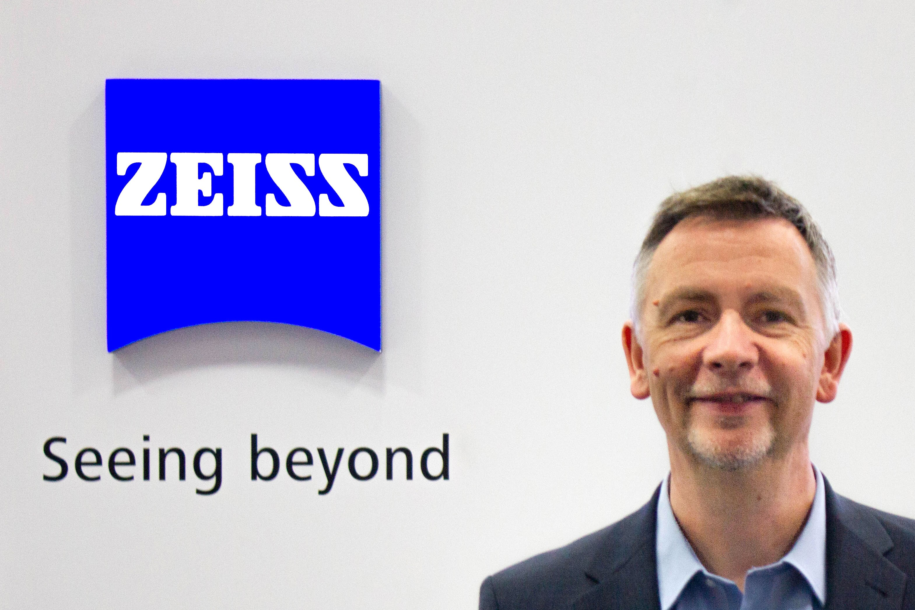 Allister McBride, Head of Materials Science at ZEISSat the ZEISS booth at M&M 2019